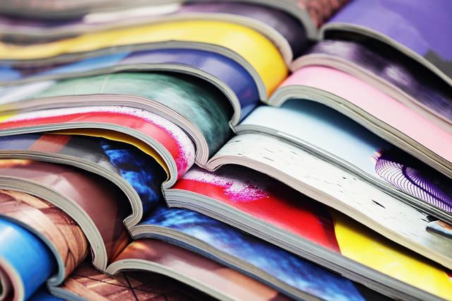 otevřené časopisy.jpg