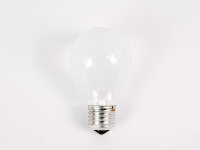 žárovka E27.jpg